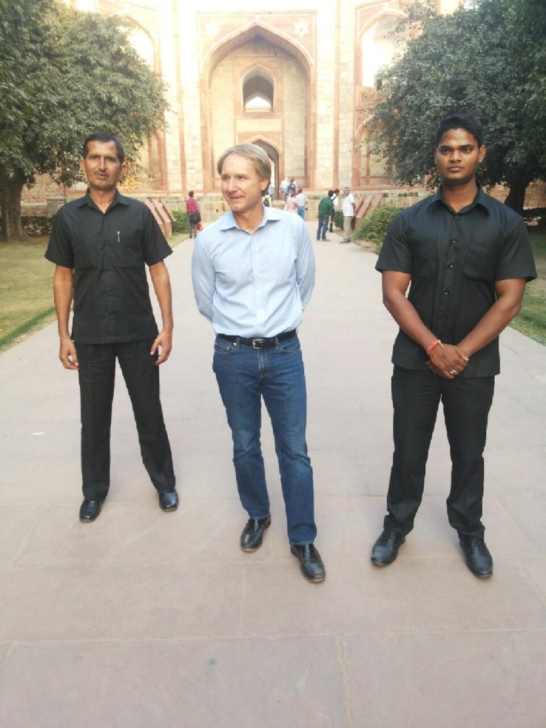 Dan Brown visit Delhi Safdaurjung tomb with security