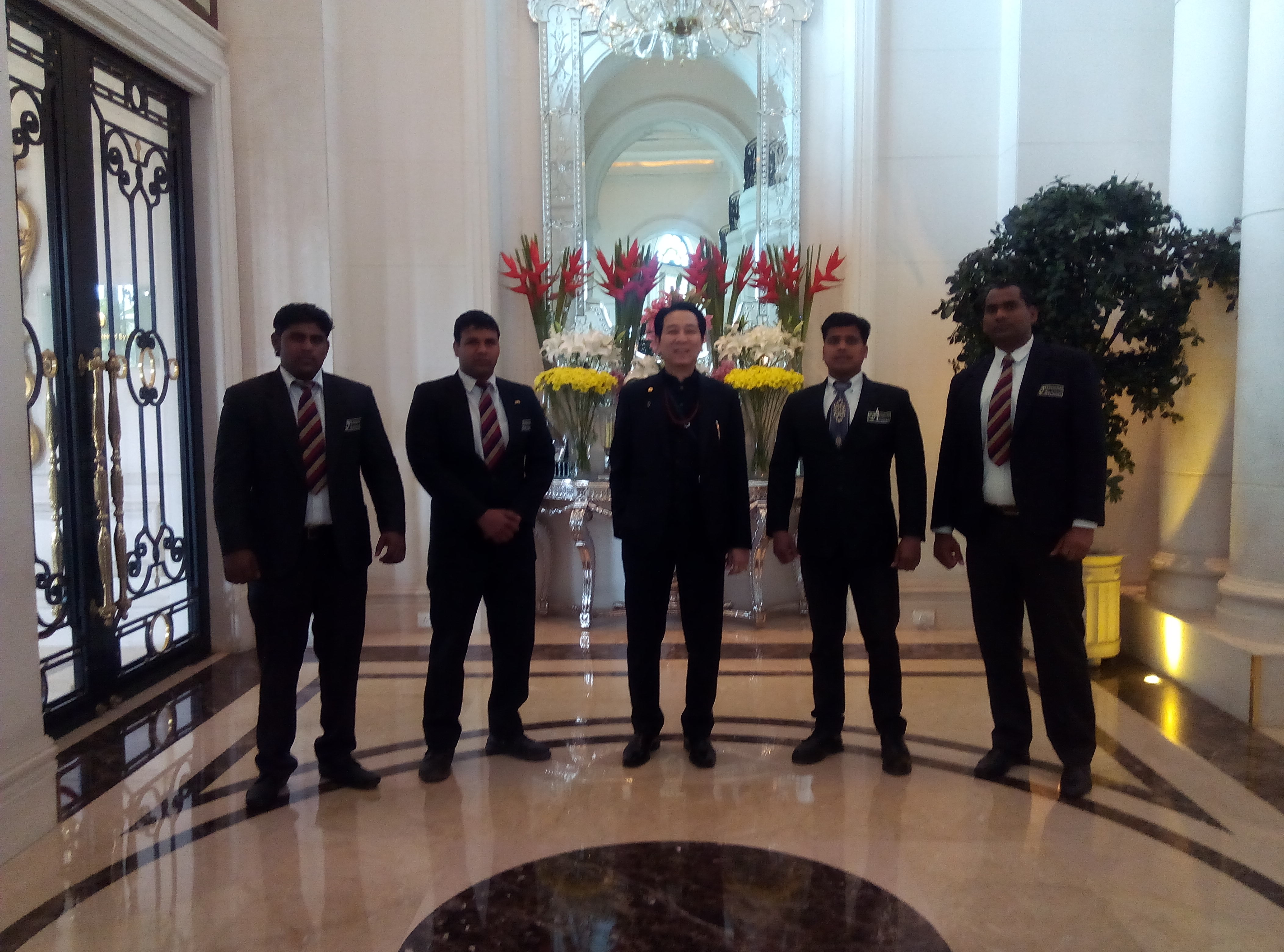 Bodyguards Protecting Foreigners In India Denetim Services