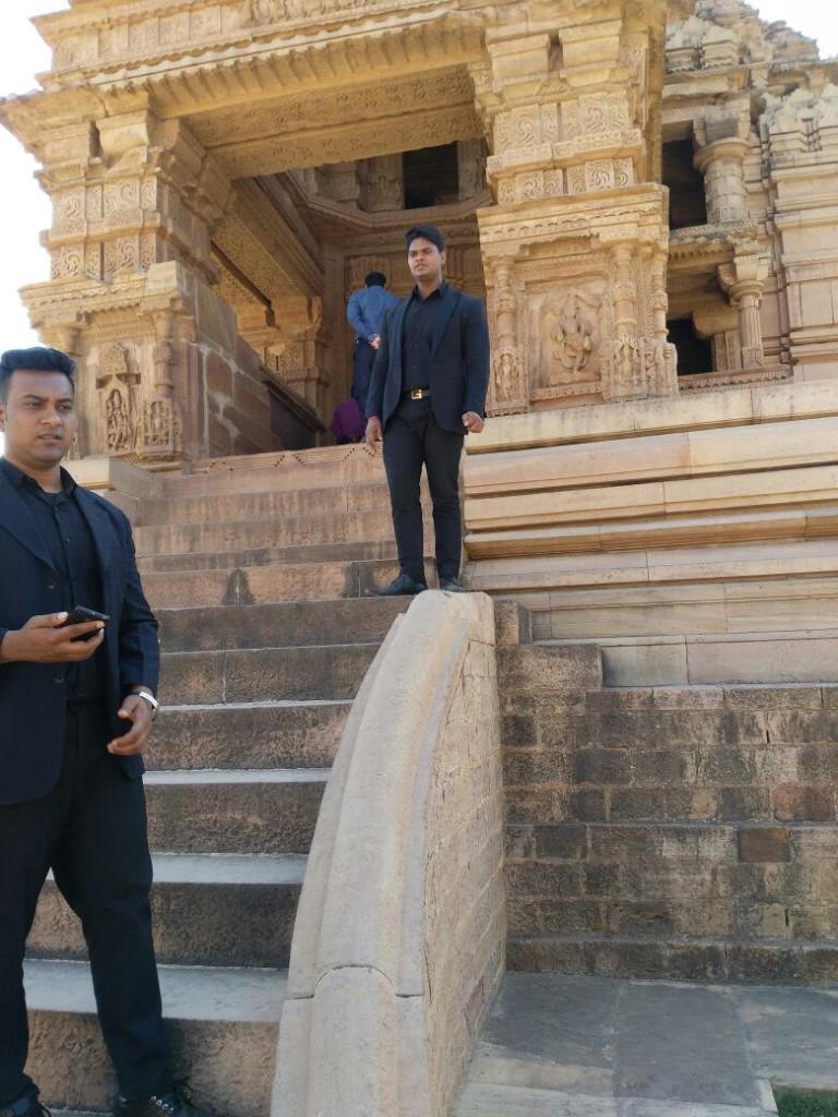Bodyguard bouncer security in Madya Pradesh India