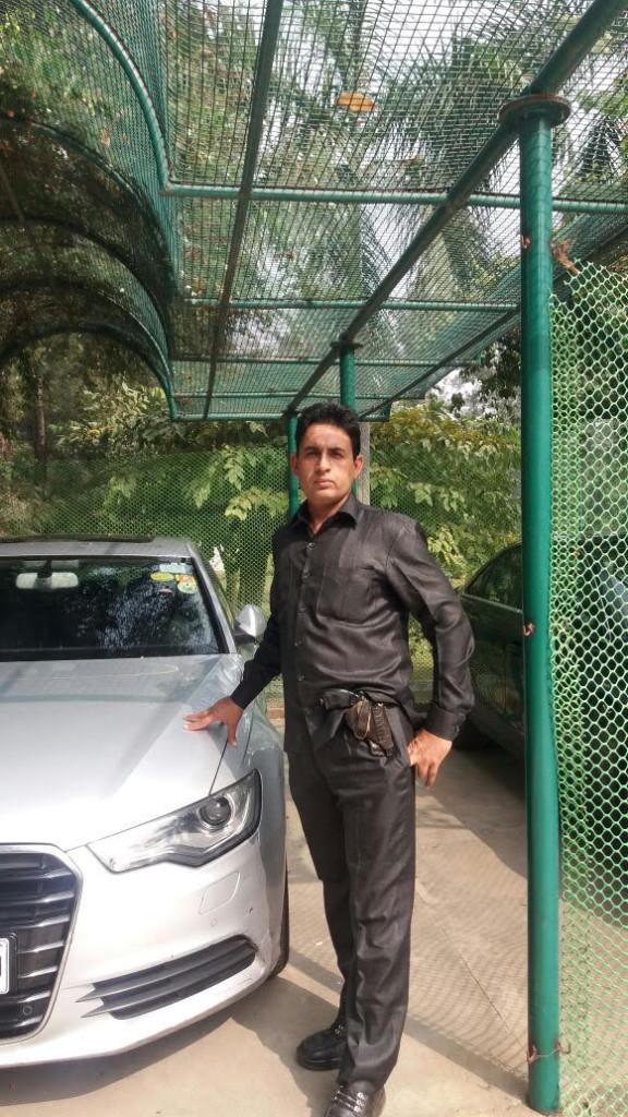 Armed Bodyguard in Delhi